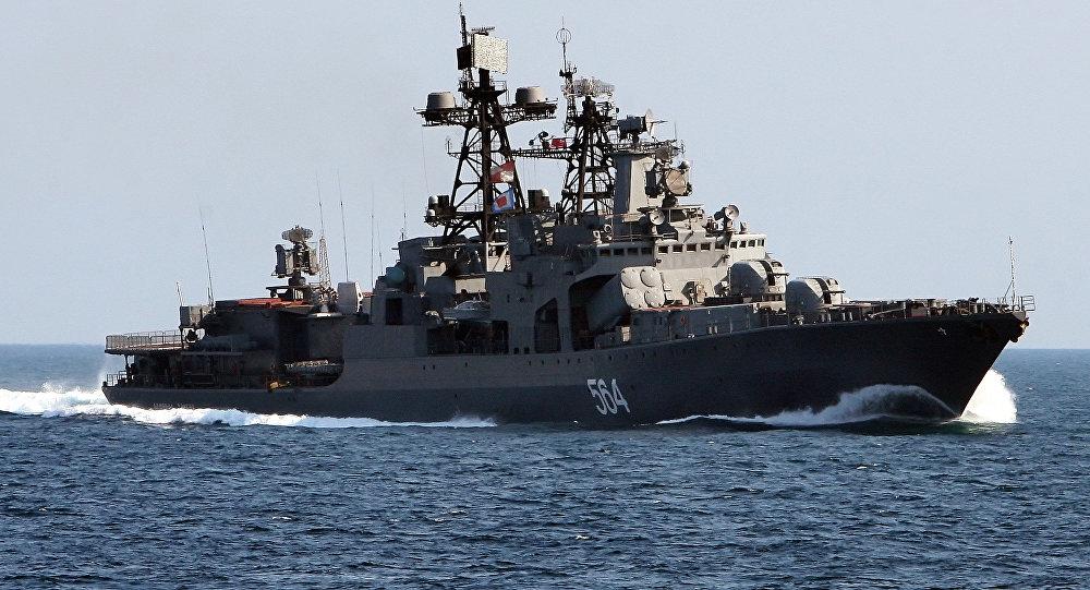 Destroier russo Admiral Tributs