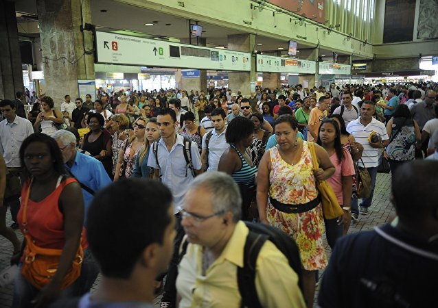Pesquisa da Ipsos revela pessimismo de brasileiros