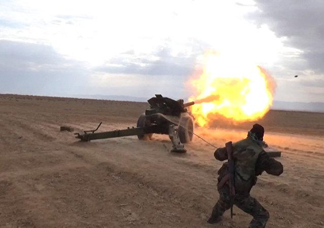 Exército Sírio em Homs (arquivo)