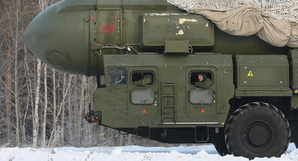 Sistema de míssil Topol