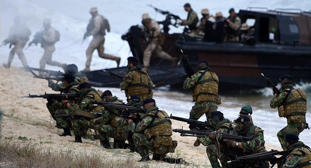 Fuzileiros portugueses tomam parte dos exercícios da OTAN Trident Structure 2015, em 100 km de Lisboa
