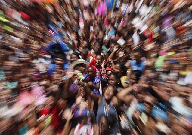 Brasil registra mais de 77 mil denúncia de violação de direitos das crianças e adolescentes em 2016