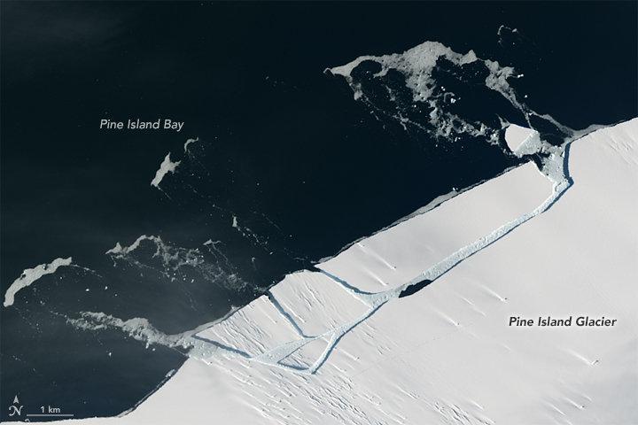 Glaciar Pine Island desmoronando