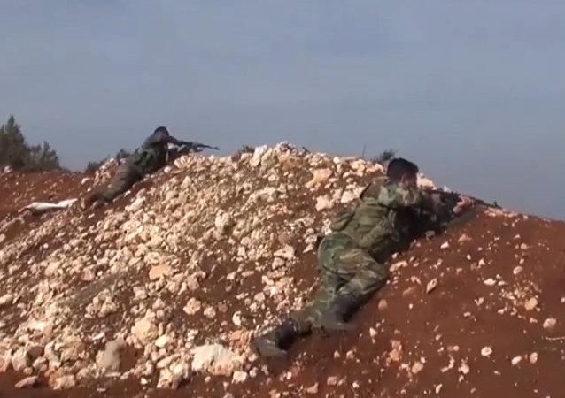 Posições do exército sírio nos montes de Latakia