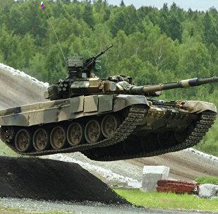 Tanque T-90S (foto de arquivo)
