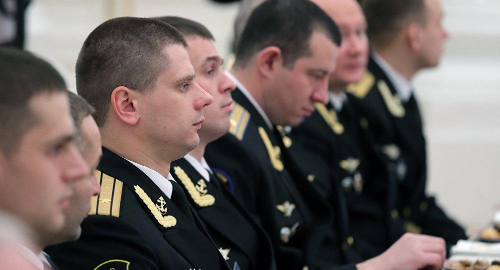 O presidente russo, Vladimir Putin, se encontrou com os oficiais da Marinha do Norte russa, em 23 de fevereiro de 2017