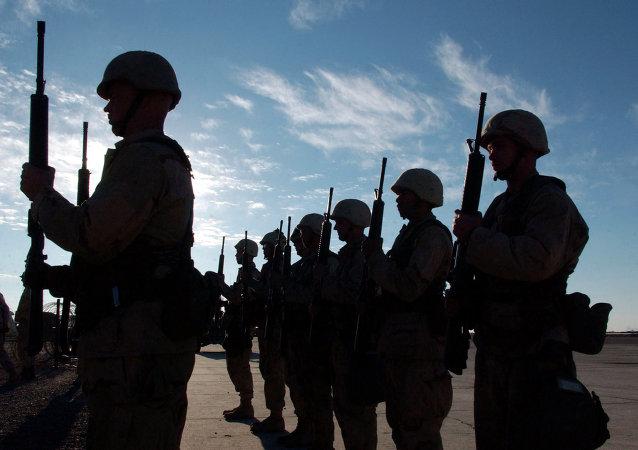 O abrangente Manual Militar de 1.176 páginas, que contém a Lei da Guerra, foi publicado na sexta-feira, anunciou o Departamento de Defesa dos EUA em comunicado