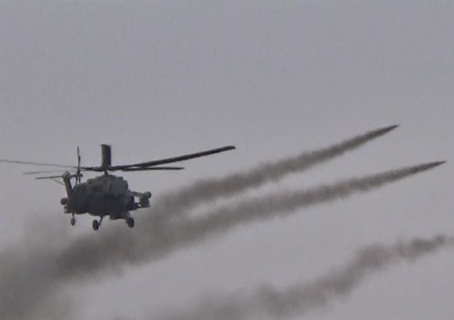Helicópteros russos ajudam exército sírio perto de Palmira