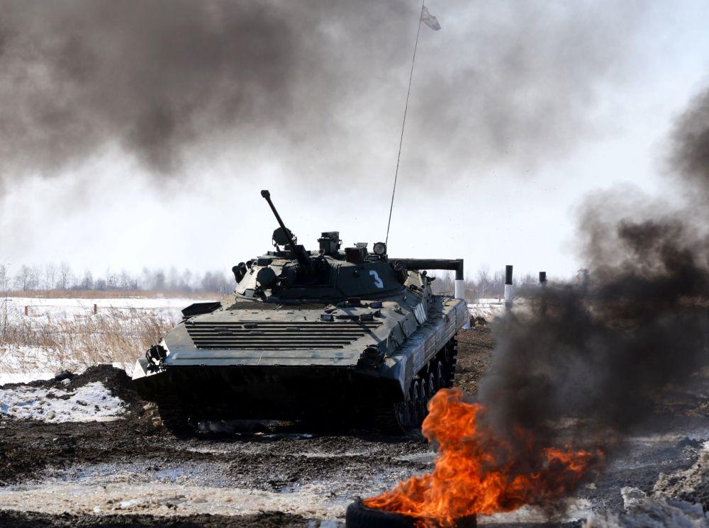 Biatlo de tanques no Distrito Militar Oriental, Rússia