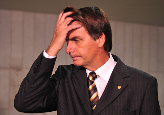 O deputado federal Jair Bolsonaro durante conversa com a imprensa (arquivo)