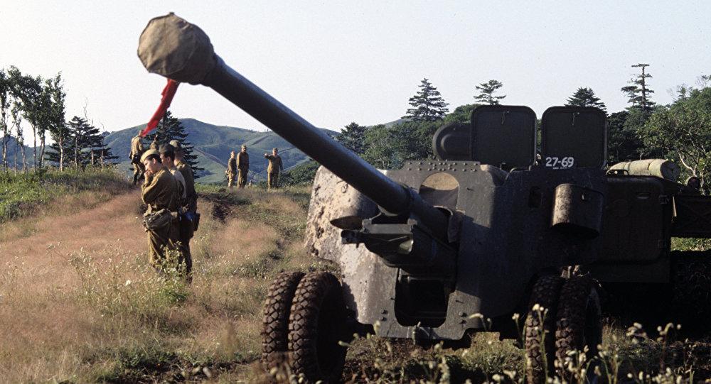 Militares russos nas Curilas