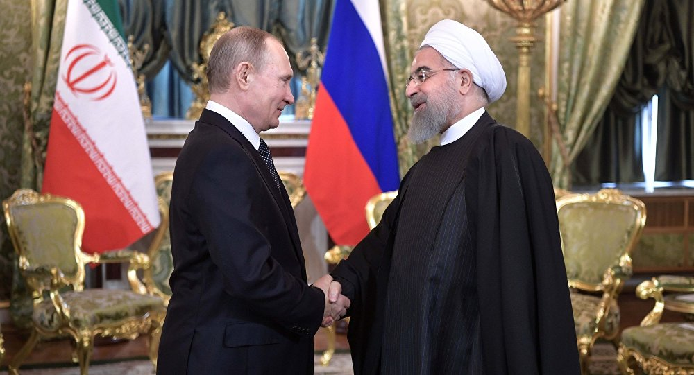 Presidente russo Vladimir Putin se reúne com o presidente iraniano, Hassan Rouhani, no Kremlin, em Moscou, Rússia
