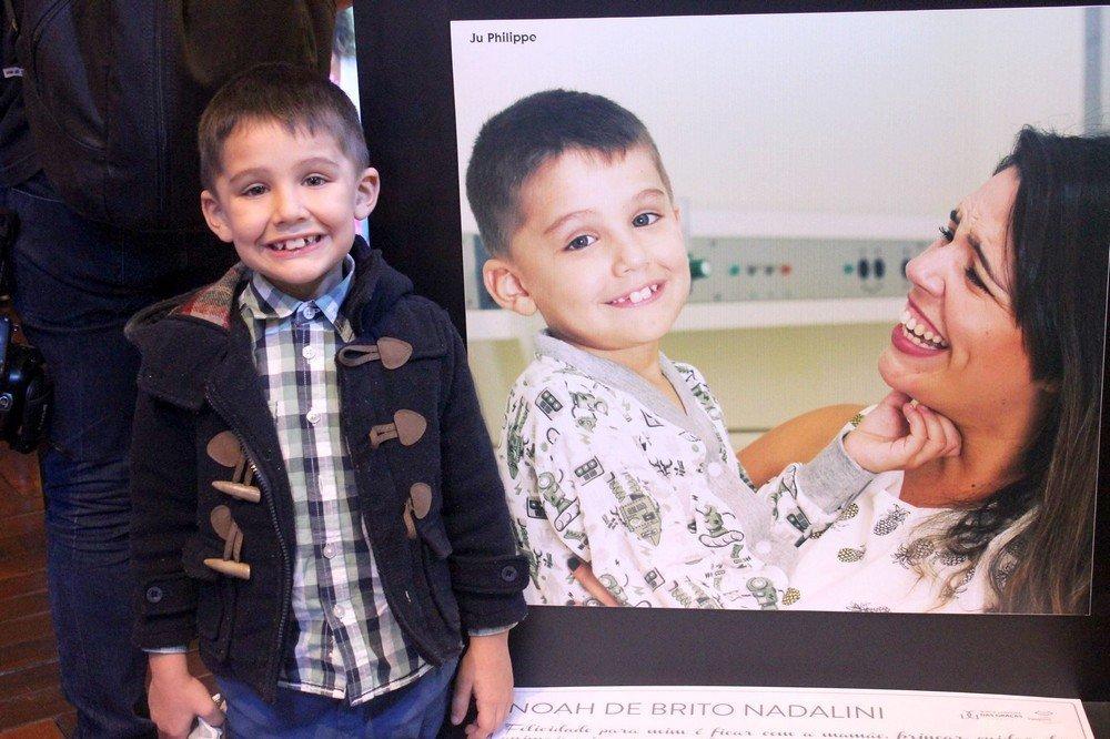 Noah, que venceu a leucemia quando tinha 8 meses, também é personagem do vídeo