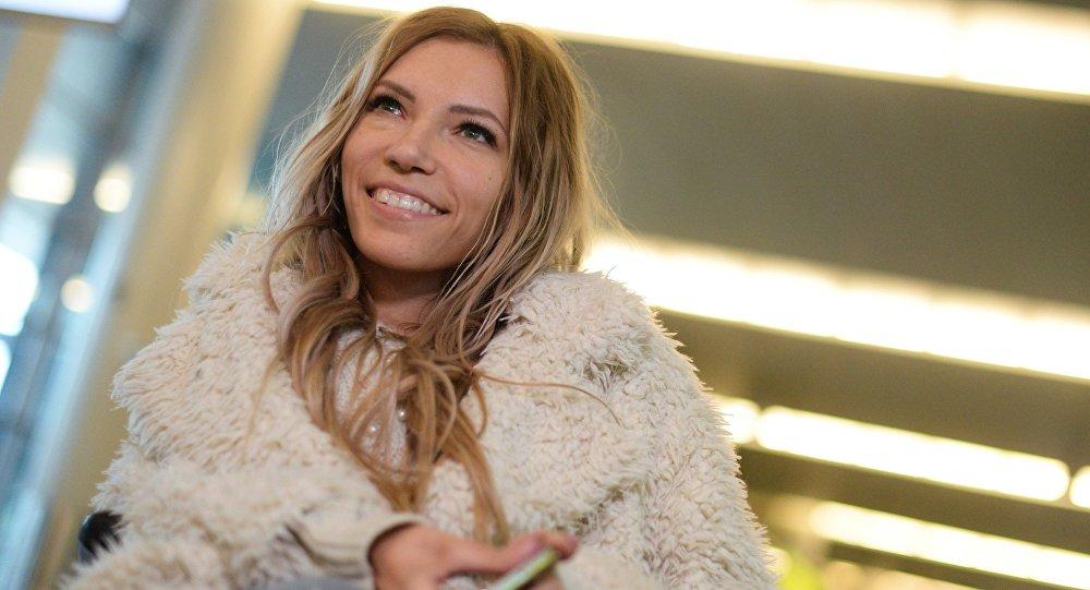 Cantora Yulia Samoilova, representante da Rússia no festival Eurovisão 2017 (arquivo)