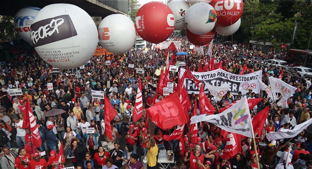 Ato contra a reforma da previdência na avenida Paulista, em São Paulo