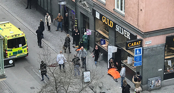 Pessoas feridas e desorientadas após tragédia na capital da Suécia nesta sexta-feira, 7 de abril de 2017