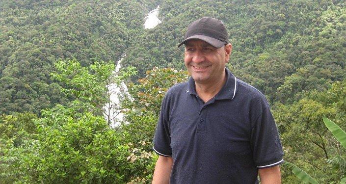 Há 8 anos no Brasil, arqueólogo sírio Ahmad Serieh diz não ter medo de morar no Brasil e que país é um bom lugar para sírios