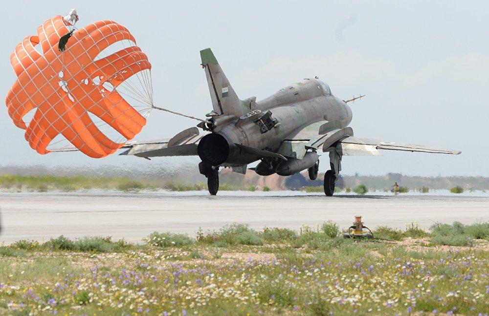 De acordo com o Ministério da Defesa da Rússia, o ataque matou quatros militares sírios, dois desapareceram e seis ficaram gravemente feridos. O exército sírio, no entanto, declarou que todas as dez pessoas morreram
