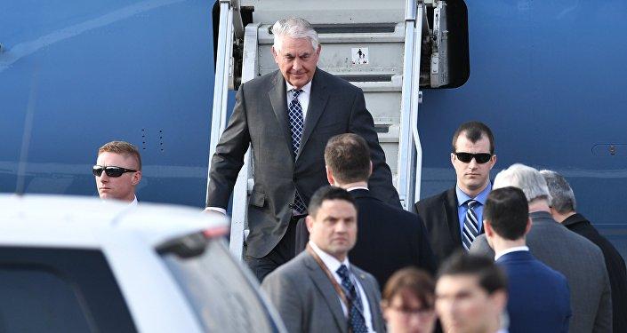 Secretário de Estado dos EUA Rex Tillerson no aeroporto Vnukovo-2