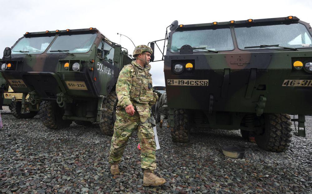 Soldado dos Marines dos EUA durante treinamentos conjuntos dos EUA e Coreia do Sul em Pohang, a 260 km de Seul, 11 de abrir de 2017