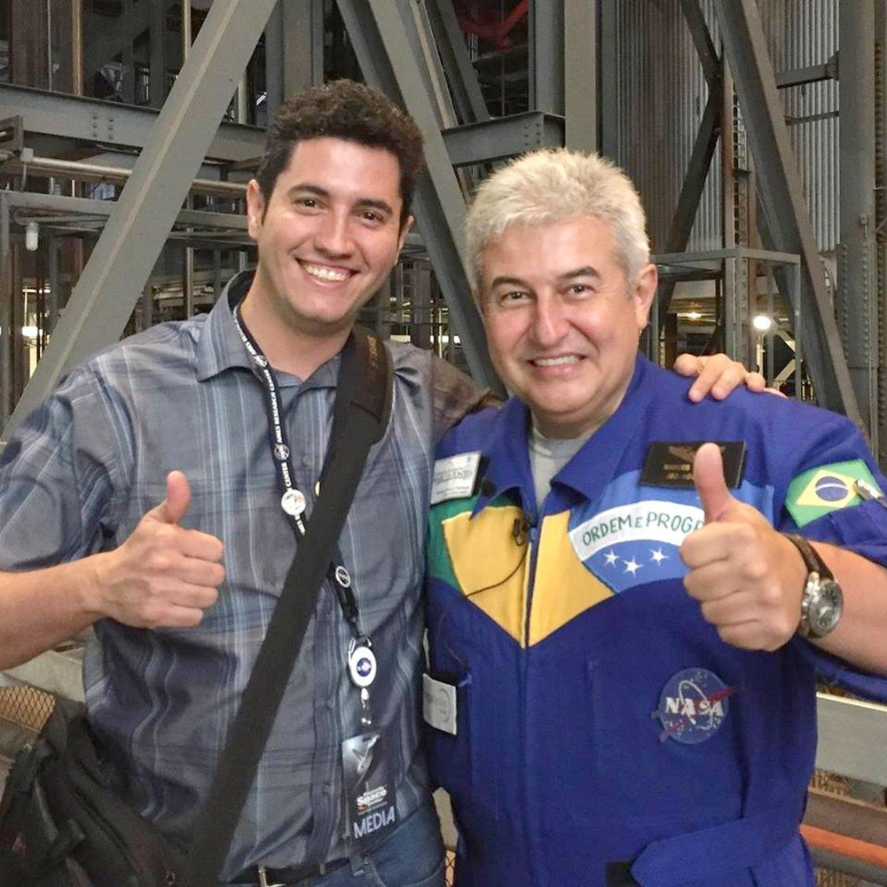 Ivan Paulino Lima e o astronauta Marcos Pontes
