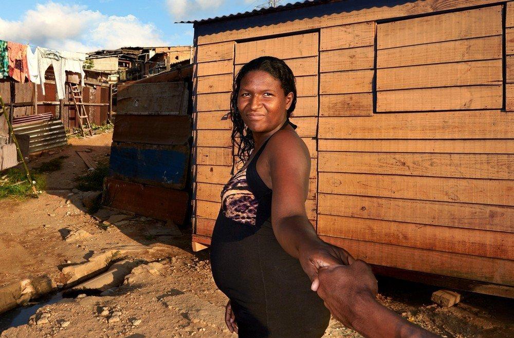 Segundo Ellen Guimarães, cada comunidade traz a demanda e o Teto entra realmente como uma ferramenta de tentar mobiliar os moradores, de trazer eles e transformar a realidade que eles vivem.