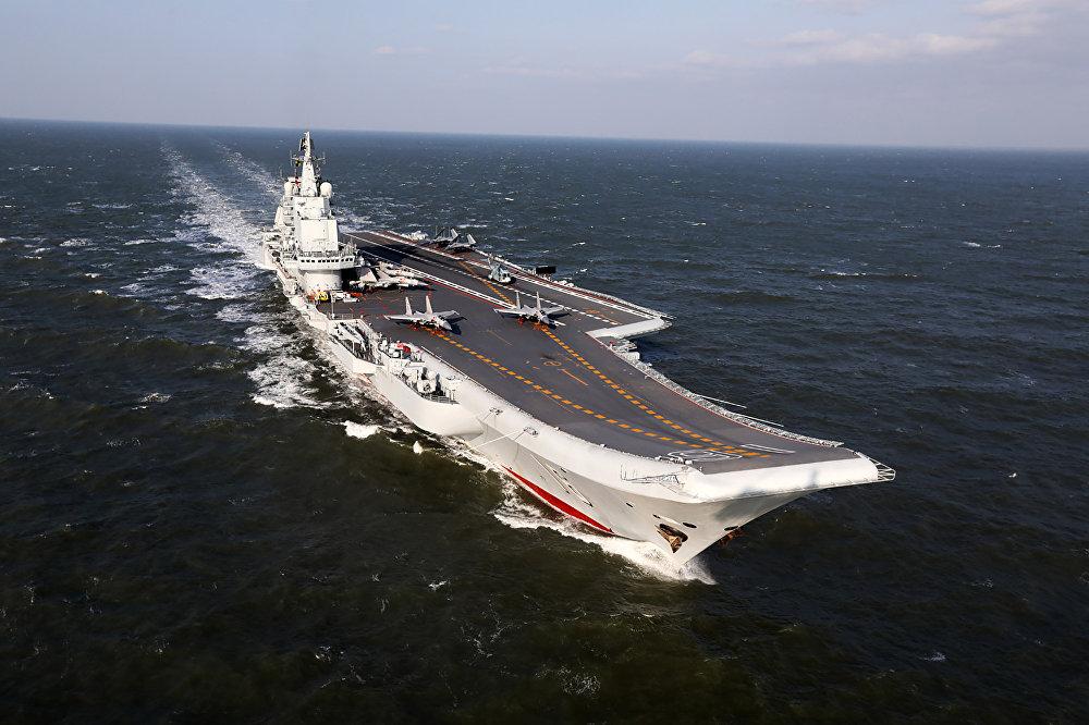 O Liaoning é o único porta-aviões da Marinha da China. Inicialmente, o navio foi construído para a União Soviética como porta-aviões Riga da classe Kuznetsov. Após a dissolução da União Soviética, o navio foi comprado pela China em 1998, reconstruído e entrou em serviço da Marinha do Exército de Libertação Popular da China sob o nome de Liaoning em 2012