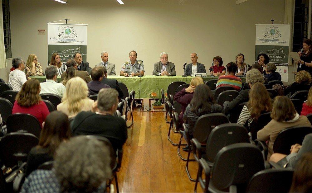 Debate com autoridades, especialistas e sociedade sobre as implicações do ruído e vibração na saúde das pessoas e soluções para o problema