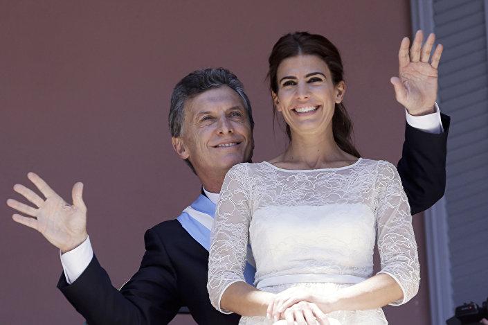 Presidente da Argentina Mauricio Macri com a esposa Juliana Awada