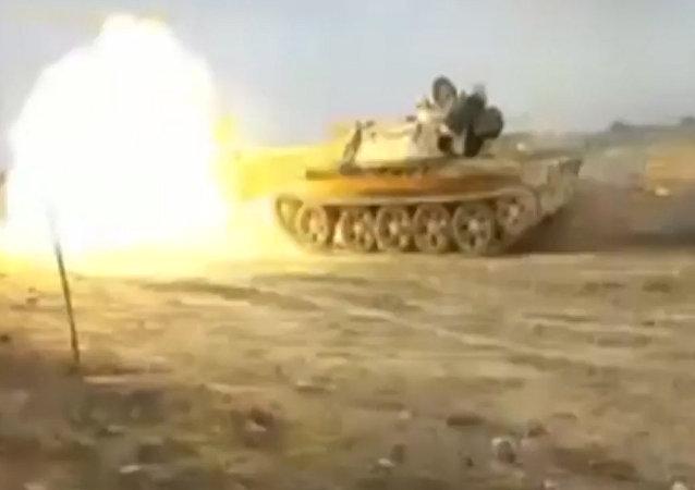 Exército sírio realiza ofensiva contra Daesh em Deir ez-Zor