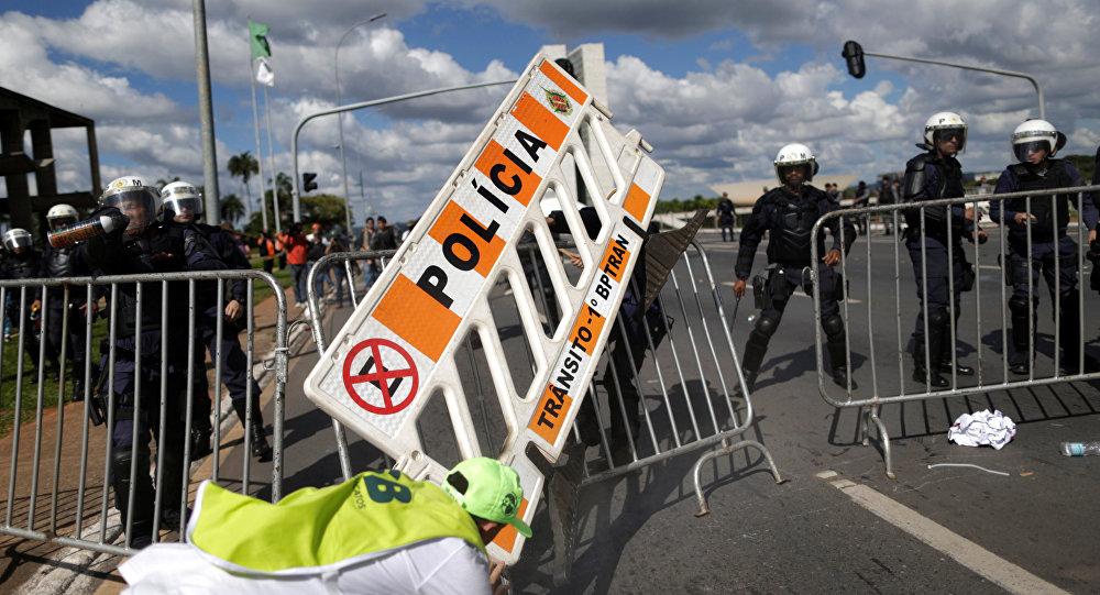 Policiais e bombeiros encerramgreve de vinte dias no RN