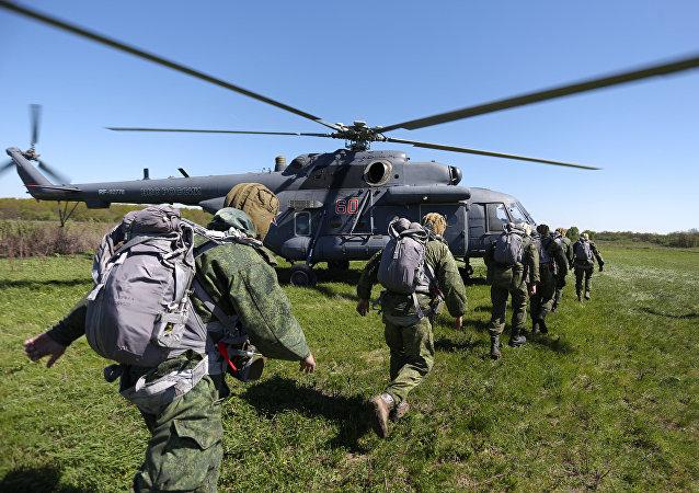 Tropas do Distrito militar meridional da Rússia, 1 de junho de 2017, região de Krasnodar