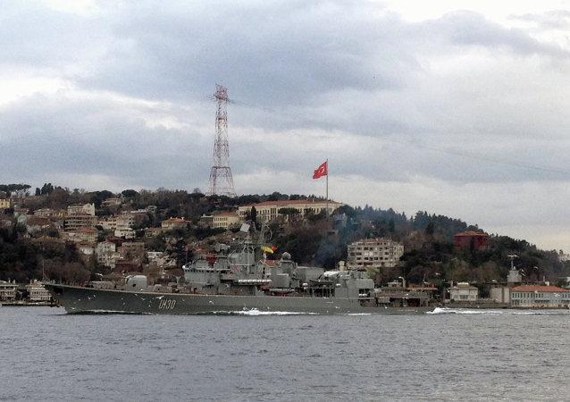 Fragata Getman Sagaydachny, o navio-almirante da Marinha da Ucrânia, na Turquia (foto de arquivo)