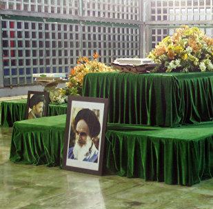 O interior do Mausoléu do aiatolá Khomeini, foto de arquivo