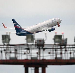 Boeing 777 no aeroporto de Sheremetyevo.
