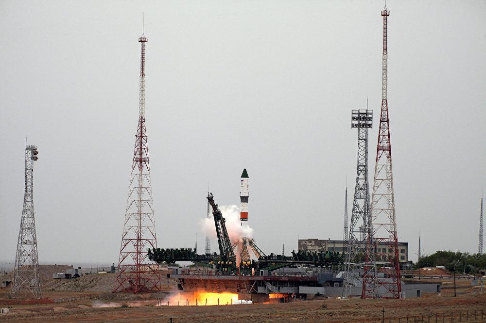 Em 14 de junho, o veículo de lançamento Soyuz-2.1a com a nave espacial de carga Russian Progress MS-06 a bordo foi lançado com sucesso a partir do bloco de lançamento №31 do Cosmodrome de Baikonur. O ancoradouro da nave espacial de carga com a ISS . A carga SC Progress MS entregará em mais de 2,5 ton de suprimentos diferentes, como equipamentos científicos, componentes propulsores, refeições, efeitos pessoais e nano-satélites.