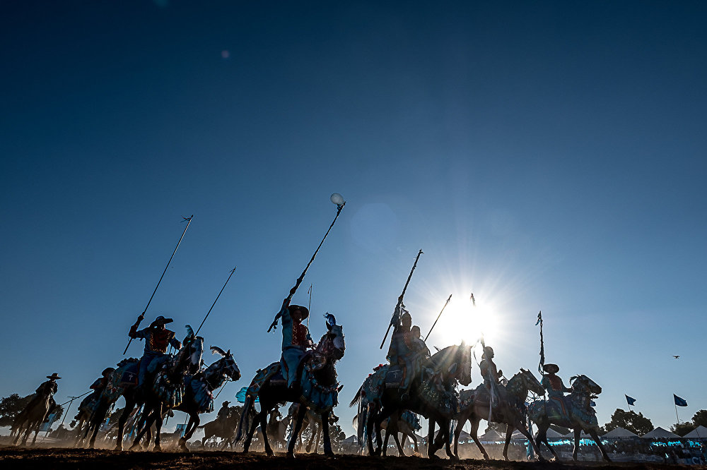 Protagonizada por aristocratas, tem como tema principal as Cruzadas dos cristãos contra os muçulmanos
