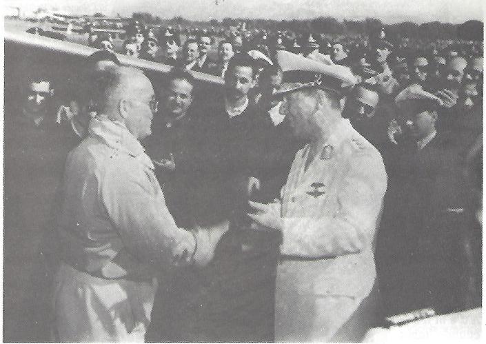 Kurt Tank com General Juan D. Perón na apresentação do Pulqui II