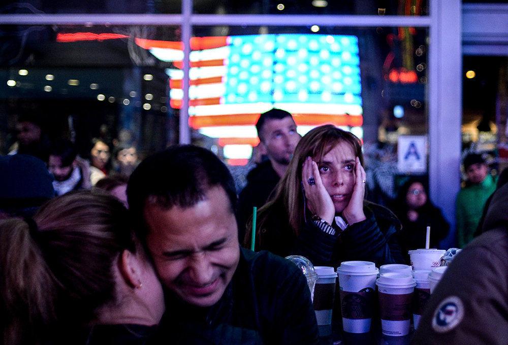 A noite das eleições, obra do fotógrafo russo Aleksei Filippov