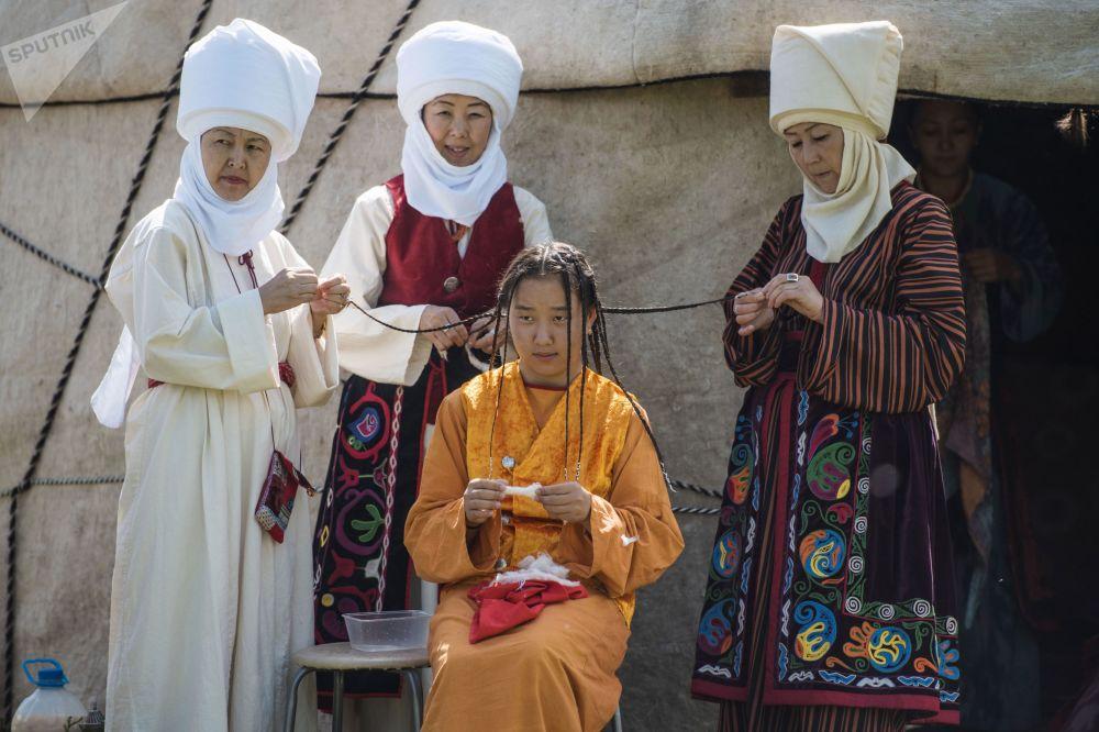Festival étnico no Quirguistão