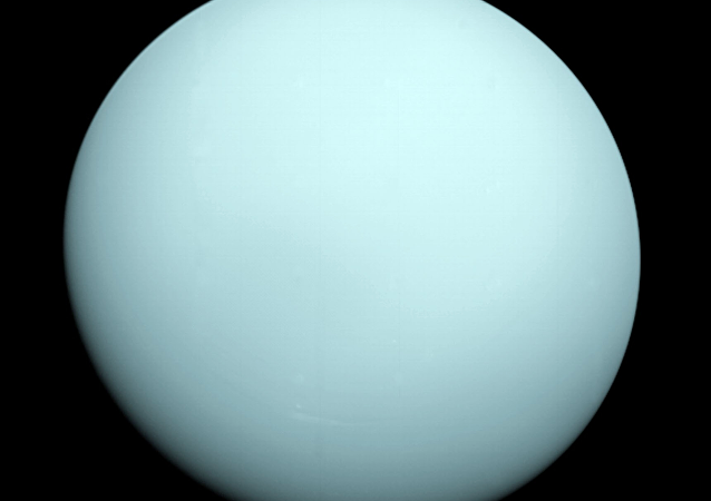 Imagem de Urano tirado pela nave robótica Voyager 2