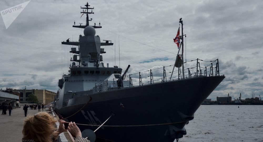 Corveta Stoiky durante o Salão Naval Internacional de São Petersburgo 2017