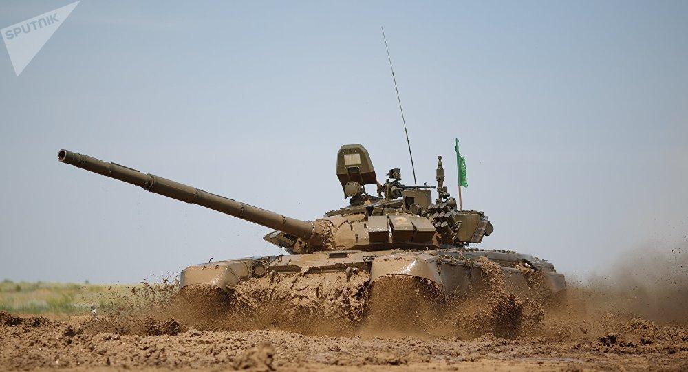Tanque modernizado das Forças Armadas da Rússia T-72B3