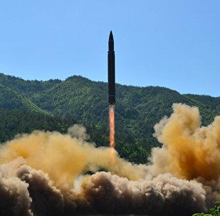 O míssil balístico intercontinental lançado pela Coreia do Norte