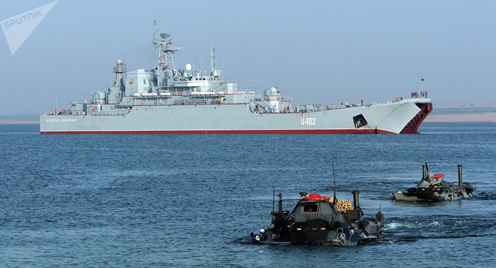 Exercícios militares Sea Breeze realizados no mar Negro perto da Crimeia