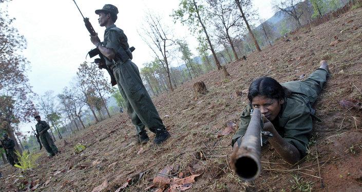 Rebeldes maoístas no estado de Chhattisgarh, na Índia