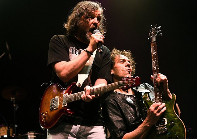 El concierto del grupo de Emir Kusturica, director de cine serbio, The No Smoking Orchestra
