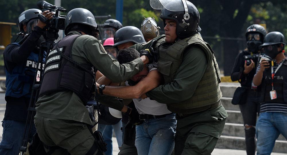 Presos em manifestações a partir de hoje podem pegar pena de até 10 anos