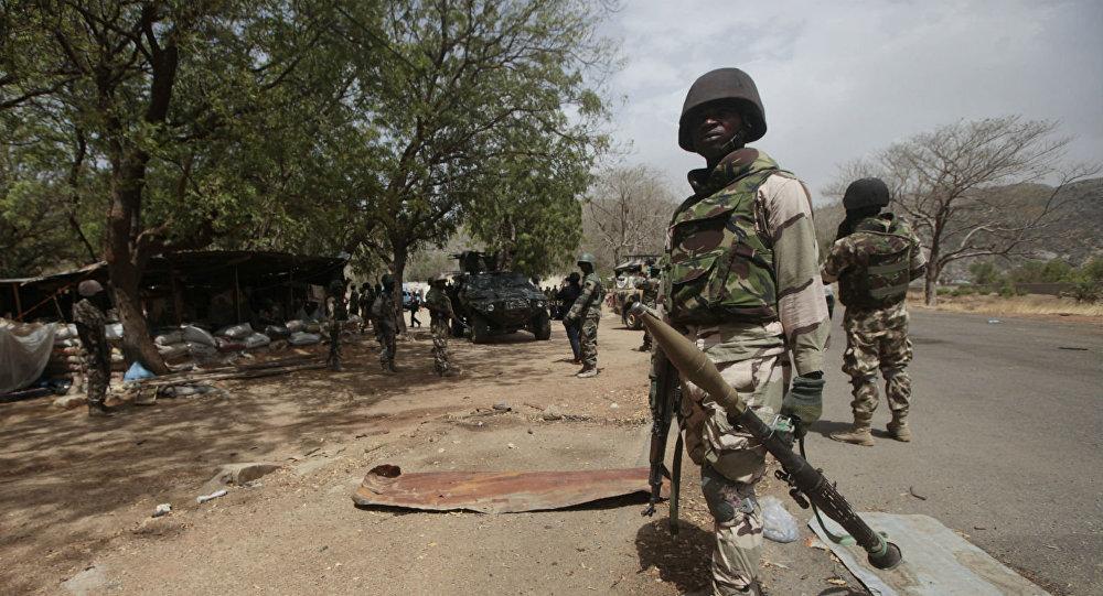 Os soldados continuam combatendo o Boko Haram.