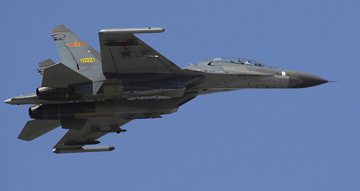 Caça chinês J-11